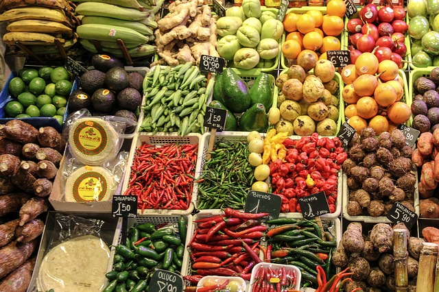 fruit vegetables market